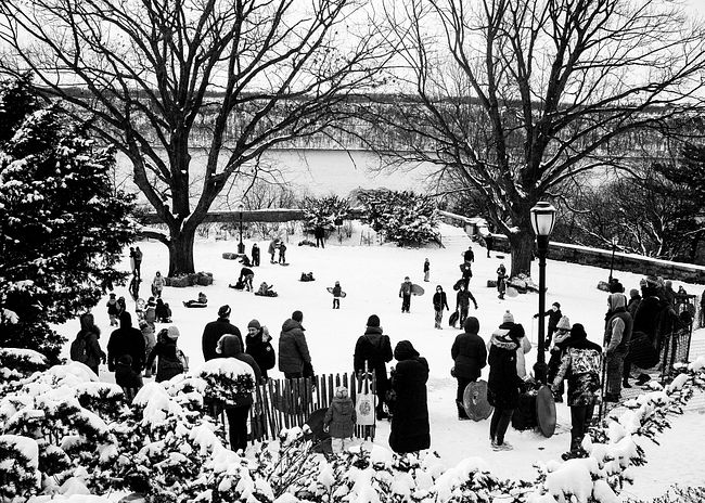 New York City Scene In Snow Card Front